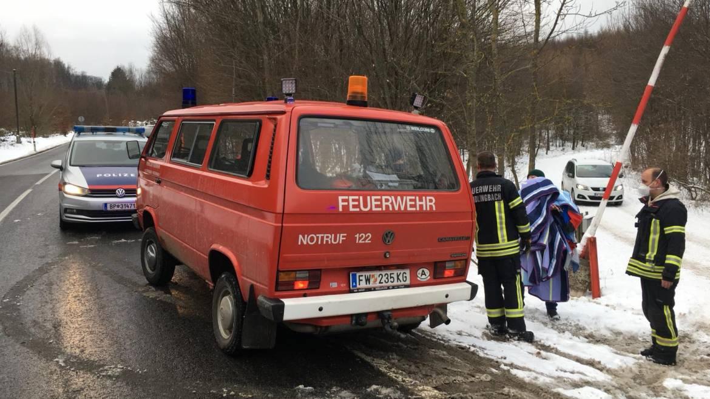 Personenrettung im verschneiten Wienerwald